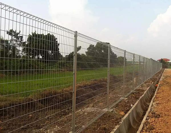 Hot Dipped Galvanized brc bending top fence heavy gauge rigid welded wire mesh fence panels