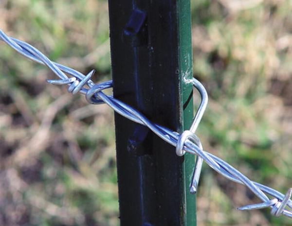 Metal Post Clip To Attach Fence Wire To Metal Post Swiftly