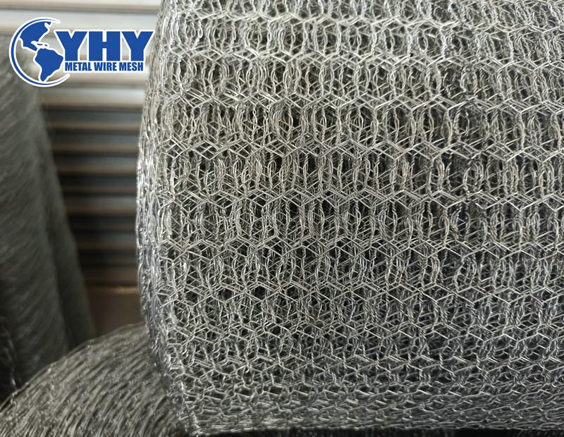 12 gauge Heavy zinc coated Hexagonal fish wire mesh 1 1/2