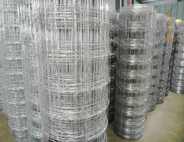 Top and bottom wire 2.5mm  inner wire 2.0mm strong tension fixed knot fence for animals